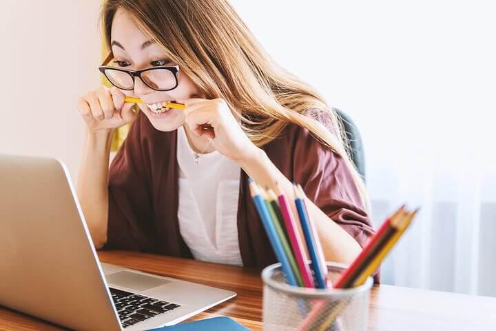 Online Nachhilfe in Mathe am Laptop